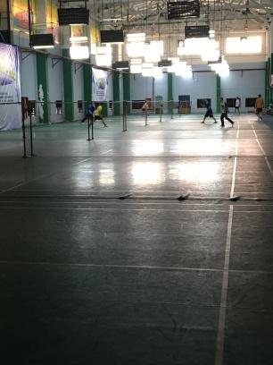 Petite partie de badminton .