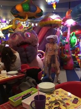 le Kawai Monster Café d' Harajuku