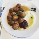 On est allés en Suède ( chez Ikea quoi ...)