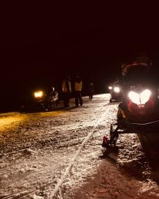 Sortie motoneige en famille et by night !